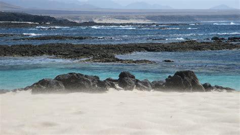 fuerteventura turisti per caso los lagos cotillo viaggi vacanze e turismo turisti