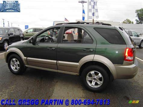 Green Kia Sorento 2004 Green Metallic Kia Sorento Ex 4wd 18903284 Photo