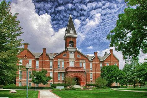 drake univ 30 great small colleges for students with an infp personality
