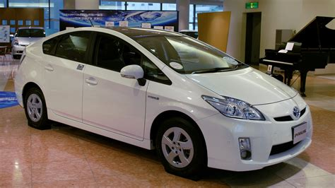 automobile toyota toyota prius image world of cars
