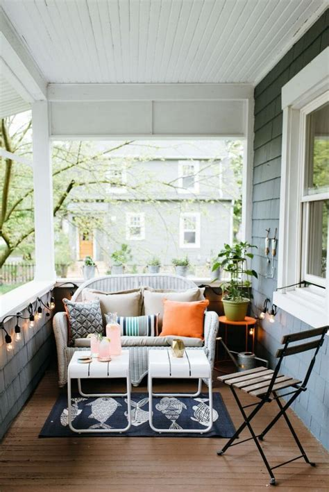 How To Decorate A Small Patio Space by Best 25 Small Outdoor Spaces Ideas Only On