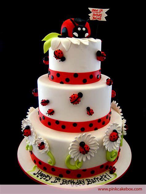 themed birthday cakes nj ladybug themed birthday cake 187 birthday cakes ladybug