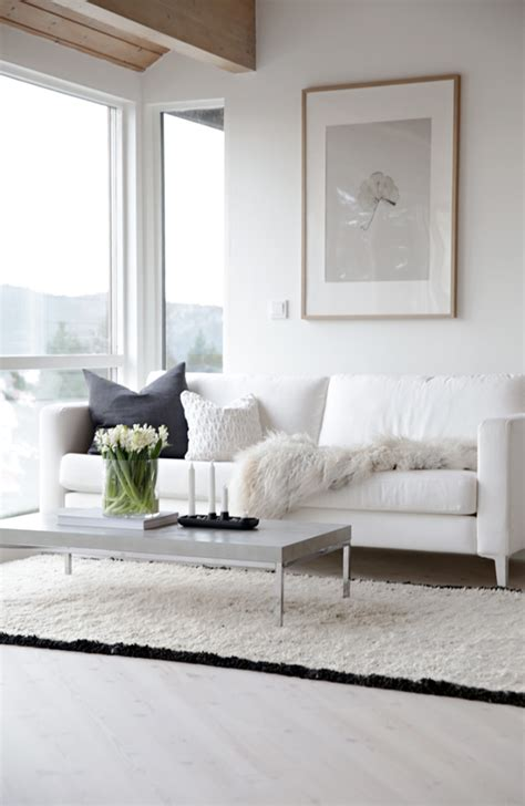 white couch living room playing with black and white home decor ideas