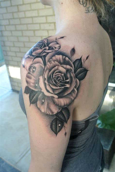 tattoo by lou 1000 ideas about shoulder tattoos on
