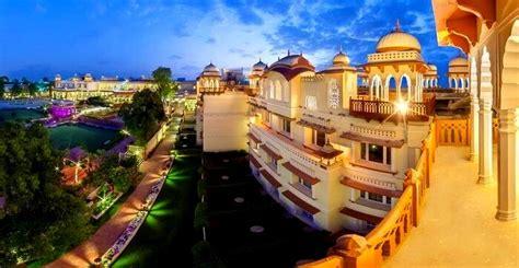 hotels  jaipur  enjoying  princely stay