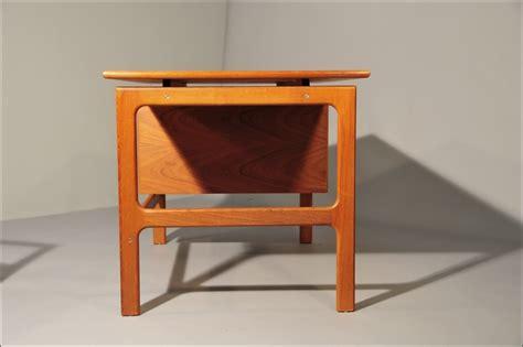 writing desk chair in teak room of