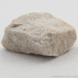siltstone sedimentary rock mini  geology