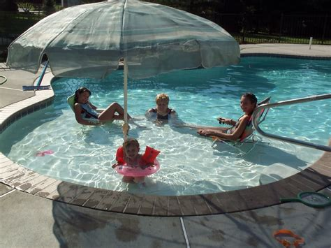 Pool Tanning Chairs Design Ideas Sun Ledge Pool Awesome Pools Pinterest