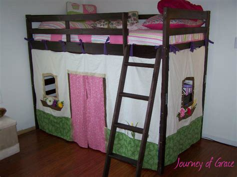 bunk bed canopy tutorial on how to sew little fabric walls for your bunk