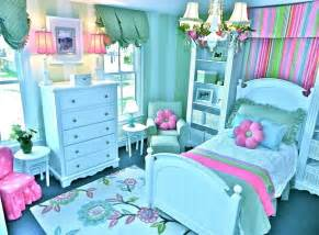bedroom ideas for with teal and pink theme