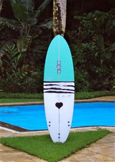 spray painting your surfboard 1000 images about surfboards on surfboard