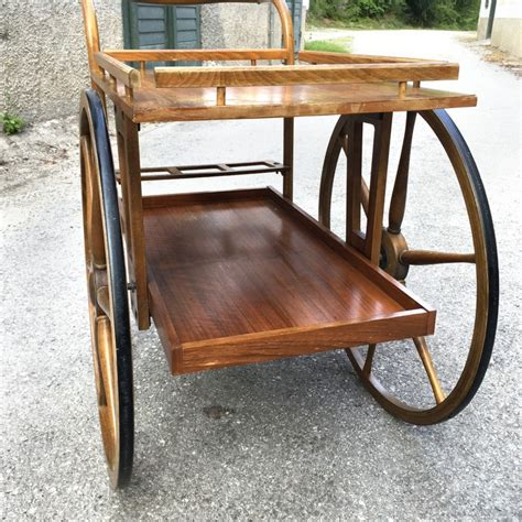 servierwagen für garten barwagen fur wohnzimmer holz home design inspiration und