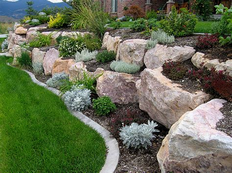 Boulder Retaining Wall Offers The Experience Of 200 000 Rock Garden Wall