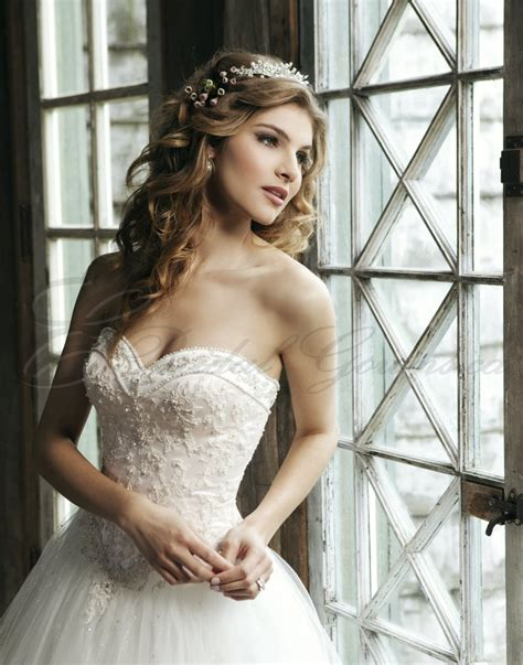 beaded bodice gown sweetheart wedding dress with beaded bodice