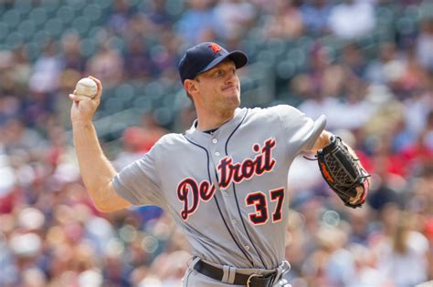2014 mlb trades wikipedia twelve free agents receive qualifying offers mlb trade