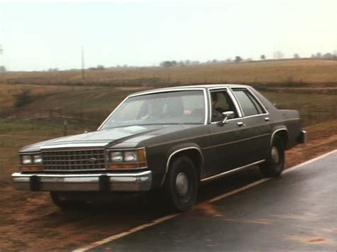 imcdb org 1986 ford ltd crown victoria in quot in the line of duty manhunt in the dakotas 1991 quot