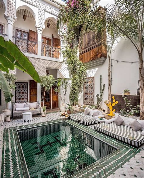 Beautiful Modern Homes Interior by Riad Yasmine