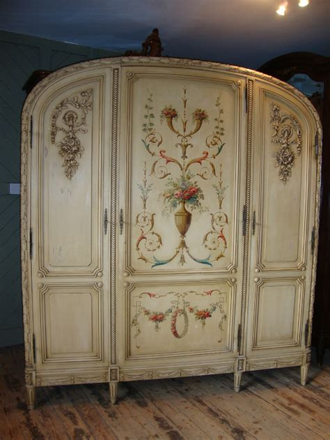 painted armoire french painted armoire 251537 sellingantiques co uk