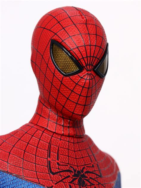 spiderman eye pattern hot toys amazing spider man figure mms 179 released