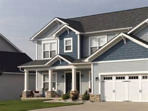 Northwoods Rugs Northwoods 174 Vinyl Siding Traditional Exterior