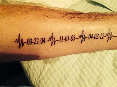 ekg tattoo on chest en electrocardiograma tattoos