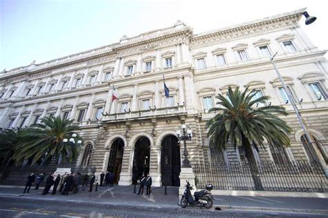 proprietari banca d italia bankitalia lo scandalo affittopoli agli inquilini quot vip