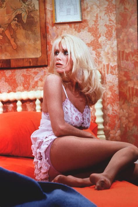Step Back Hutch Suzanne Somers S Feet