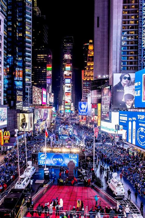new year 2018 fireworks nyc central times square new years 2018 tickets in