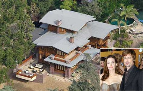 hollywood celebrity houses angelina jolie and brad pitt s angelina jolie slept here