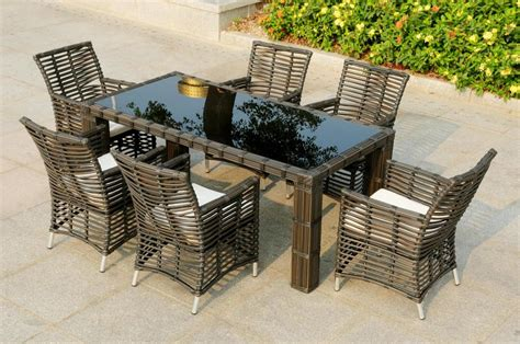 mobili per giardino offerte tavoli rattan sintetico per esterno arredamento giardino