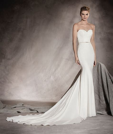Where To Find Wedding Dresses by Where To Find The Best Pronovias Wedding Dresses