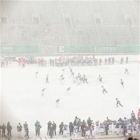 accuweather plymouth mi snow shower was captured at the eastern michigan