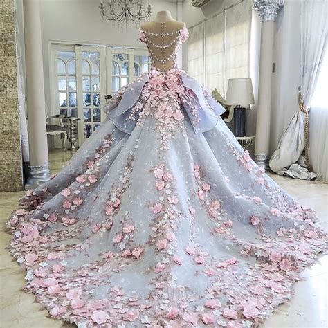 Wedding Dress Wedding Cake by Amazing Wedding Dress Cake Faithfully Recreates A Couture Gown