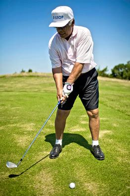 lee trevino swing lee trevino golf stance pictures to pin on pinterest