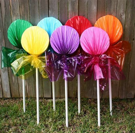 christmas yard lollipops 88 best images about land on land cakes pool noodles and centerpieces