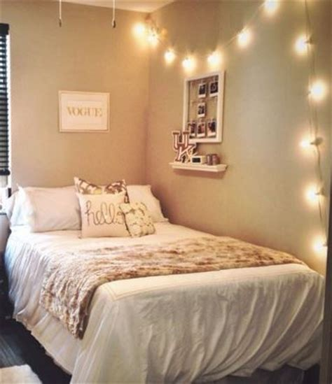 dorm wallpaper 17 best images about small space living on pinterest