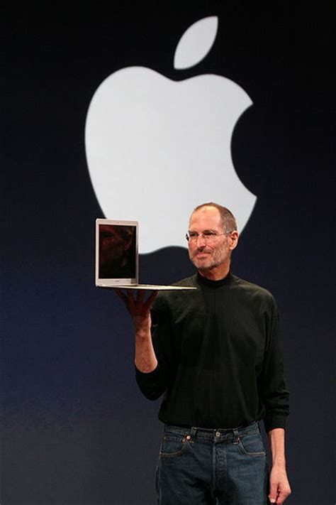 quick biography of steve jobs short biography of steve jobs