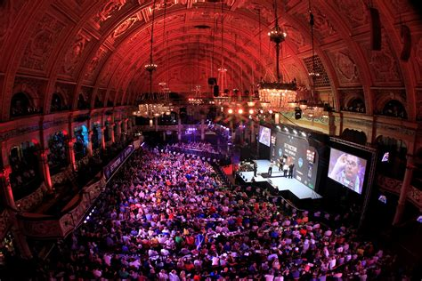 win 2 tickets for the pdc darts final 2017 harry s bar