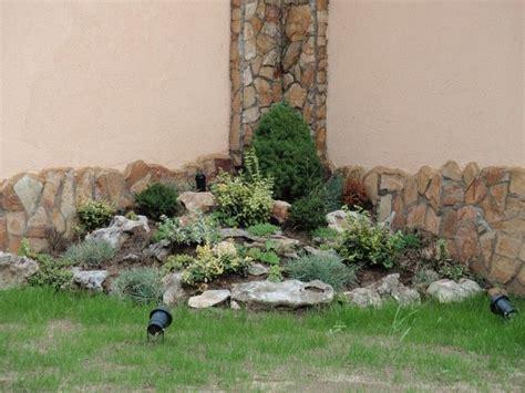 gartenecken anlegen steingarten in einen schattigen gartenecke anlegen