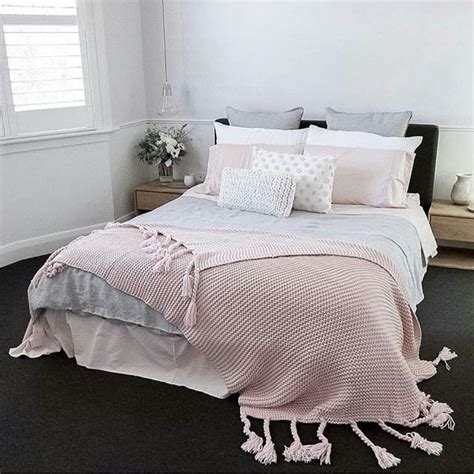 pink and gray bedrooms best 25 carpet colors ideas on