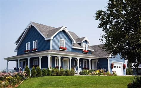 blue house siding 1000 images about the great outdoors on pinterest curb appeal gray houses and shrubs