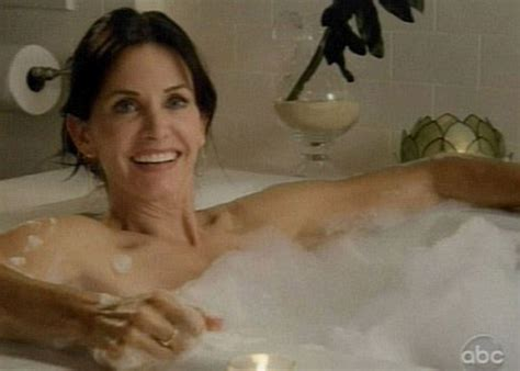 bathtub naked cougar on the prowl friends star courteney strips off