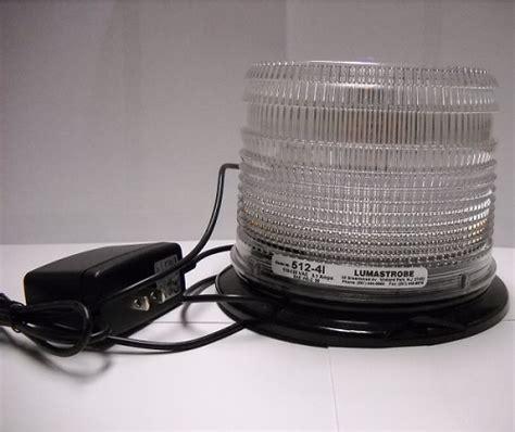 Lu Xenon Flash rodent repellent strobe light