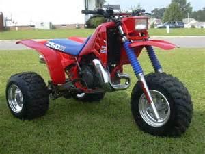 Honda atc 200x atv diecast honda3wheelers