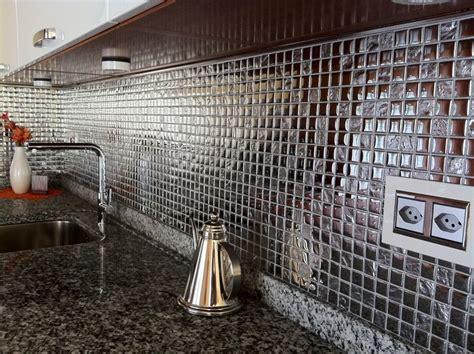 mosaico cucina cucina in mosaico argento in vetro mondo mosaico italia