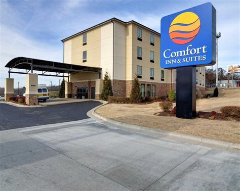 comfort suites rogers ar comfort inn suites 18 photos 10 avis h 244 tels 6500