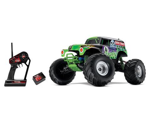 monster jam grave digger rc truck traxxas grave digger monster jam 1 10 electric rtr rc