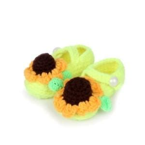 Handmade Babyshoes Lightgreen 0 12 Bulan crochet baby shoes baby shoes with green bow