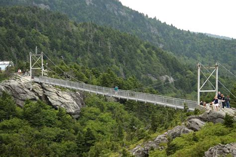 mile high swinging bridge north carolina