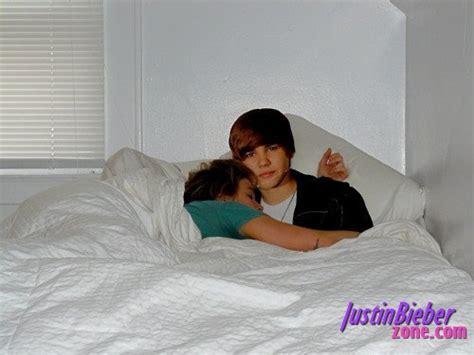 obsessed fan sleeps with justin bieber justinbieberzone com